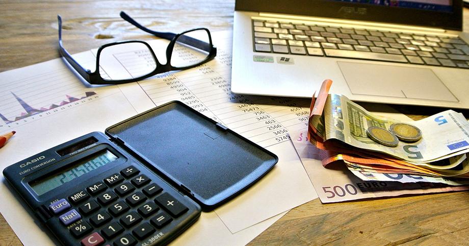 Impuestos sobre franquicias, impuesto sociedades, impuestos