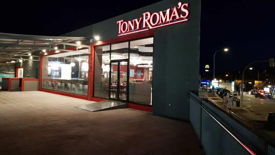 Tony Roma´s inaugura en Porto Pi 1
